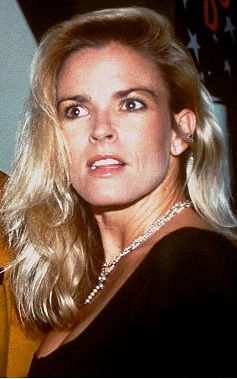Nicole Brown Simpson https://en.wikipedia.org/wiki/File:Nicole_brown_simpson.jpg